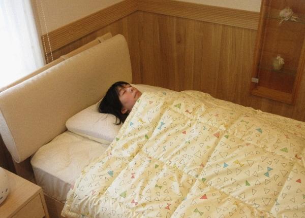 寝袋になる肌掛け布団
